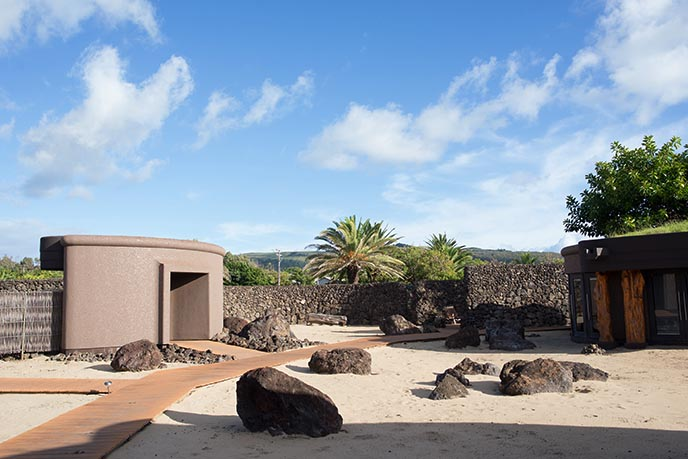easter island architecture hotels