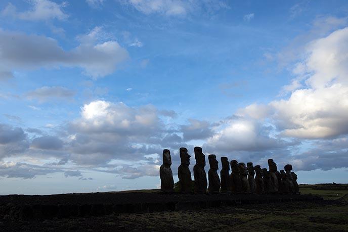 travelling moai statue stone head
