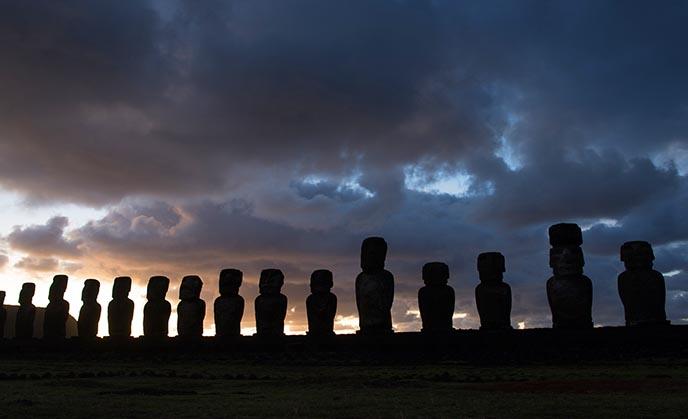 tongariki row moai ahu aliens