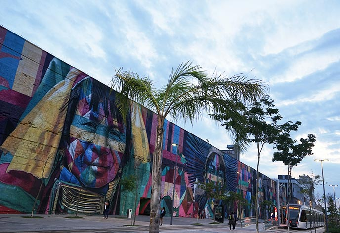 rio waterfront street art murals