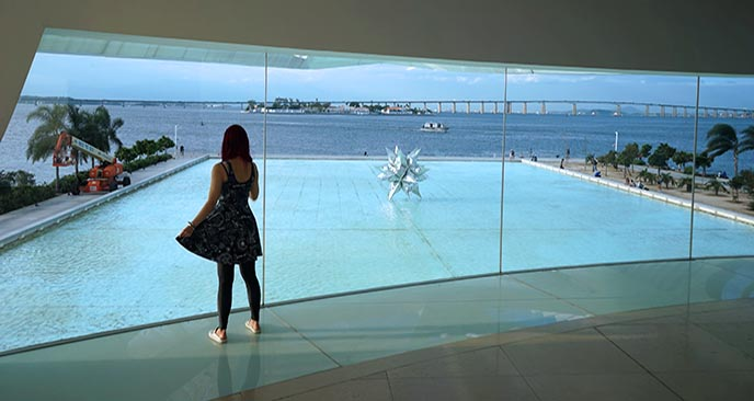 museum of tomorrow reflection pool