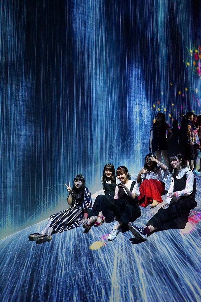 tokyo World's First Digital Art Museum