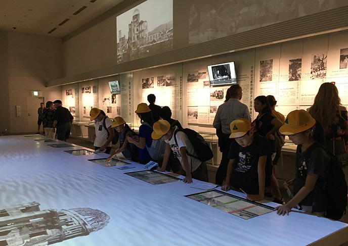 children at hiroshima peace museum