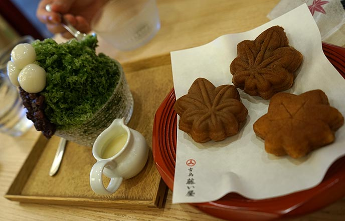 best momiji maple sweets hiroshima