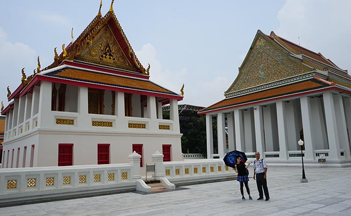 tours by locals guide thailand