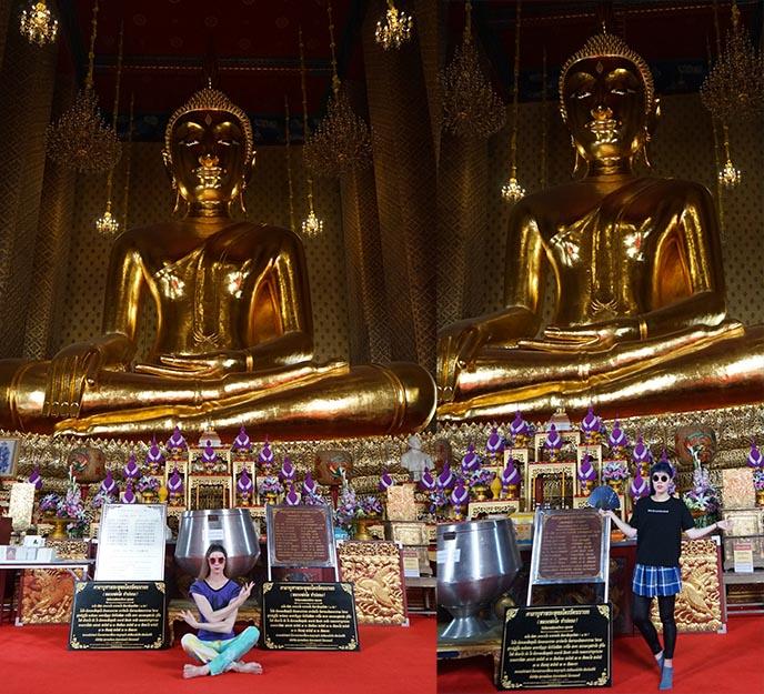 gold meditating thai buddha