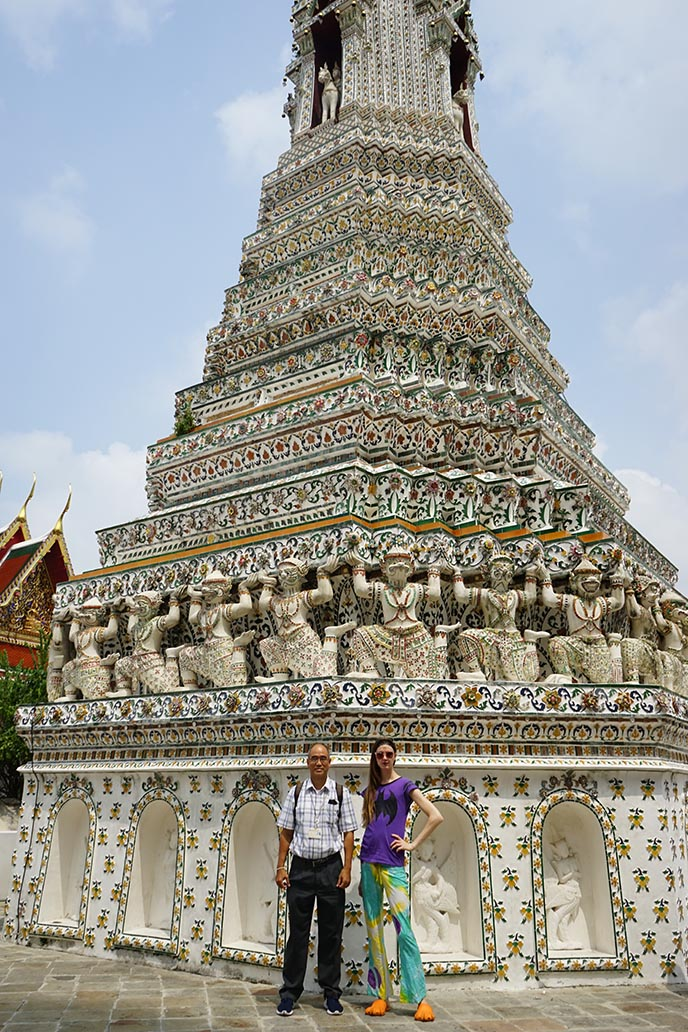 wat arun temple tour guide
