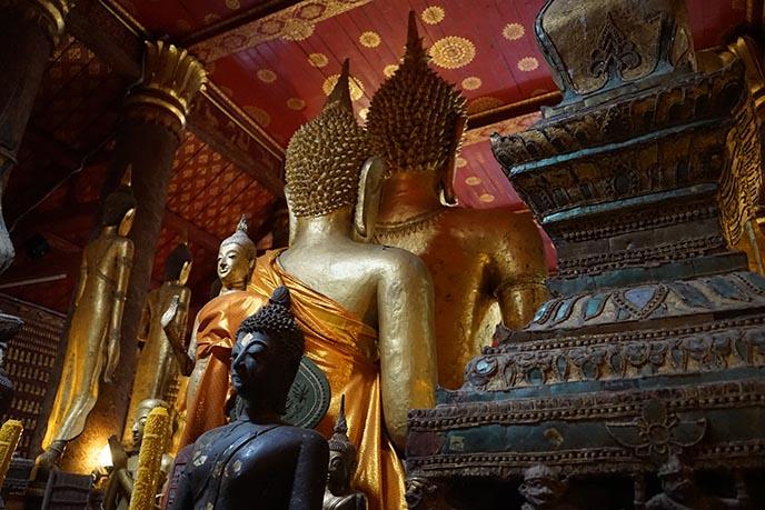 wat mai two gold buddhas