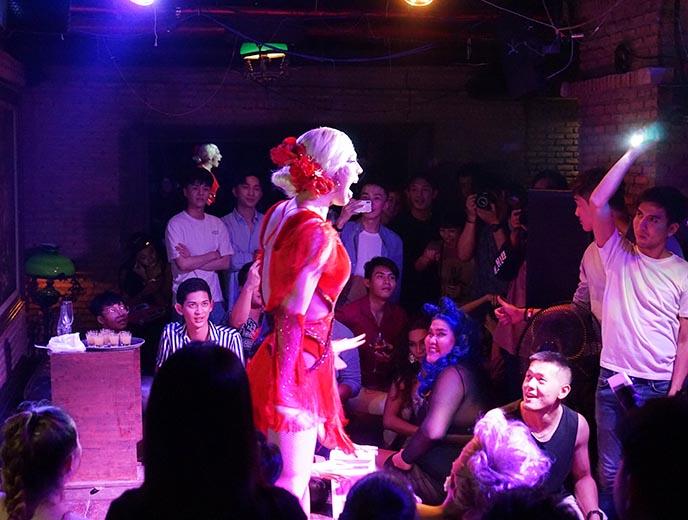 pangina heals thai drag queen, maggie choo's club
