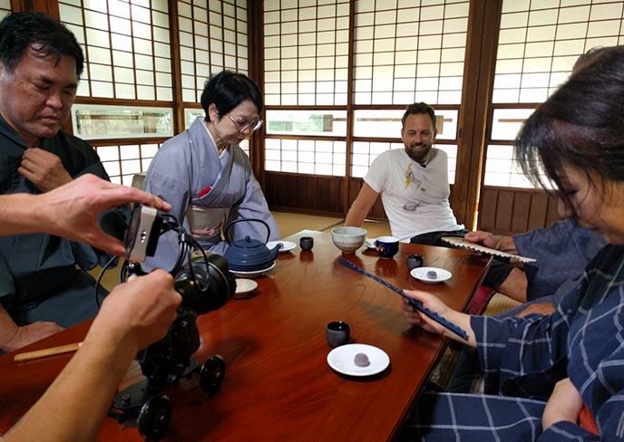 hagemashi rental family japan