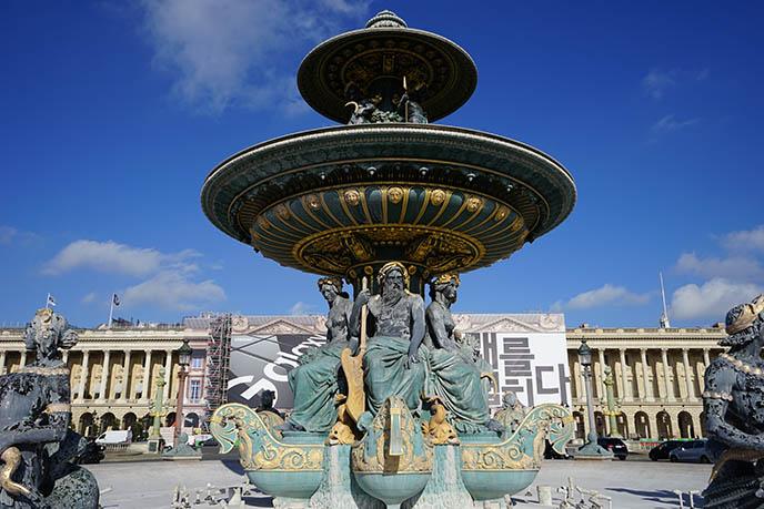 Fontaine des Fleuves paris concorde fountain