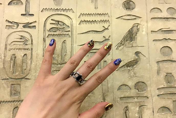 cairo hieroglyphics ancient egypt carvings