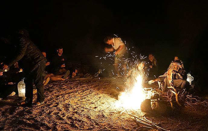 egypt bedouin culture dinner fire