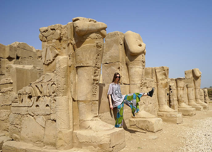 egypt young group guided tour