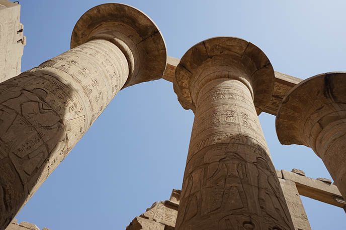 ancient egyptian pillars luxor