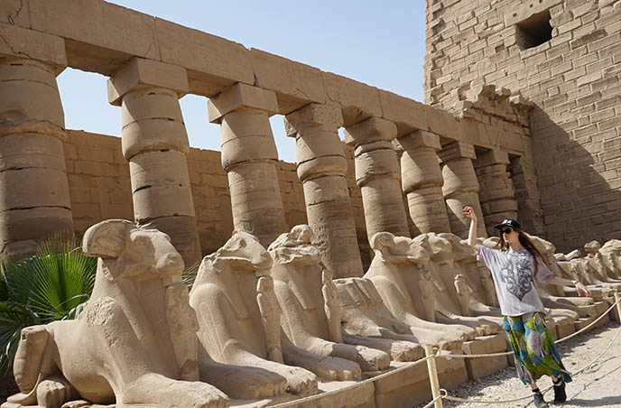 karnak temple ram statues sphinxes