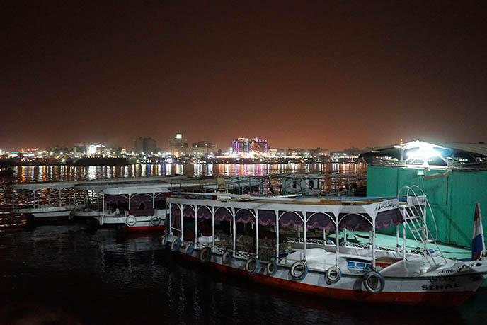 nile boat cruise tour night