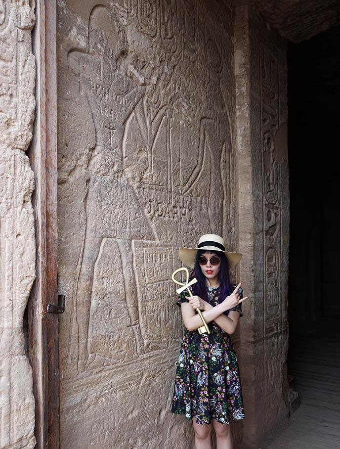 egyptiah goth fashion ankh