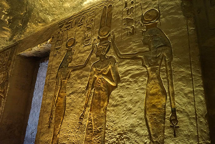 interior inside abu simbel ankh goddess