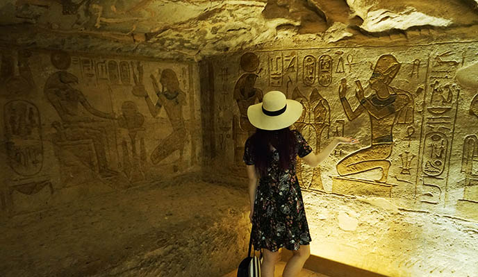 ancient egypt art abu simbel tomb