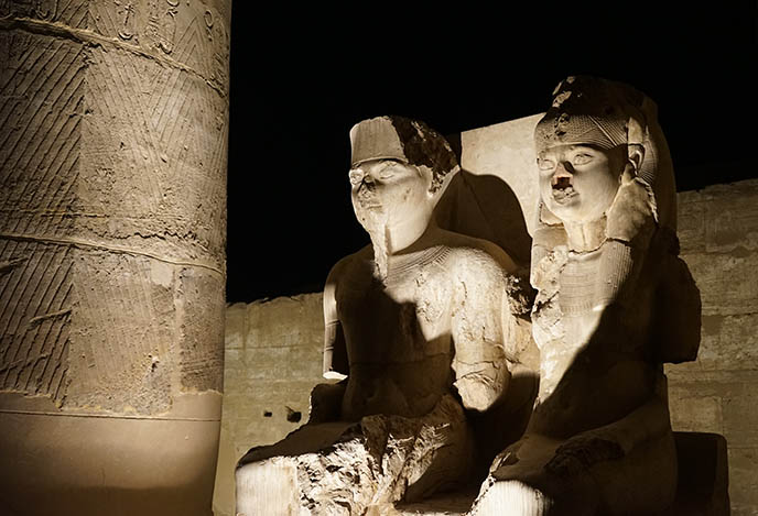 king tut and wife statue, luxor temple
