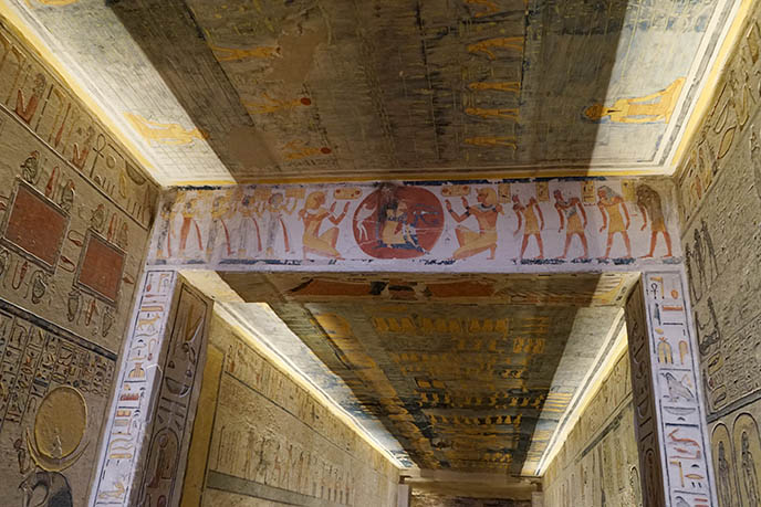 egyptian burial chambers luxor
