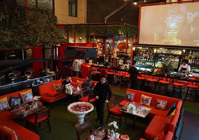 secret garden lebanese restaurant beirut