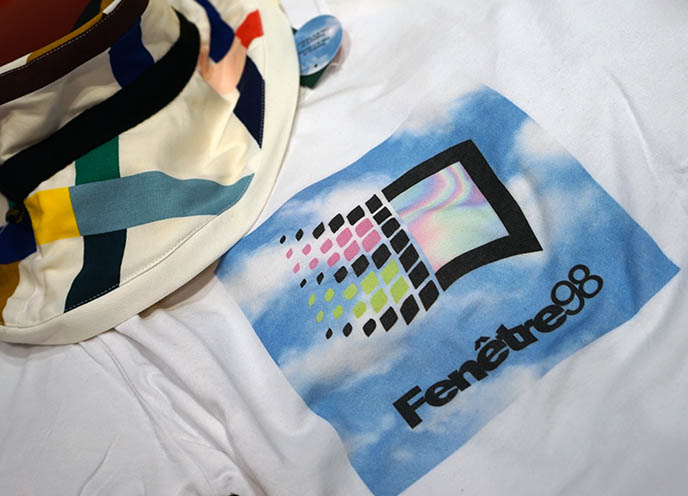 ironic hipster windows 98 t-shirt