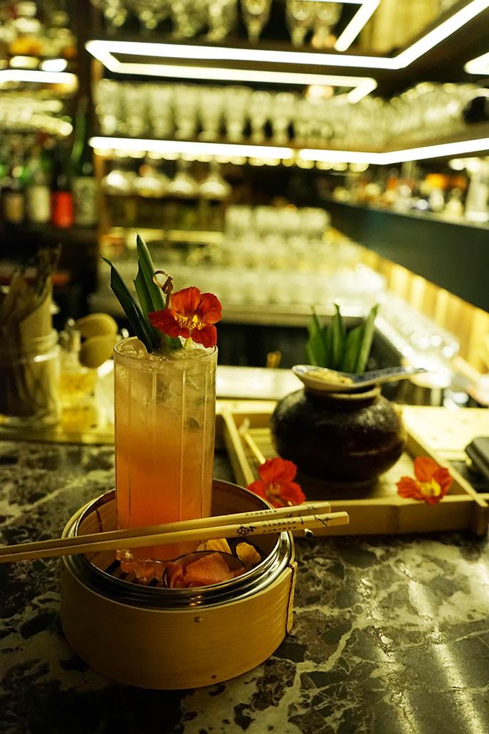 craft cocktails, bar royal mont-royal