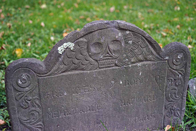 granary burying ground boston skull tombstone