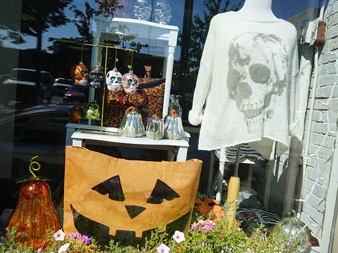 goth clothing shops salem ma, gothic fashion