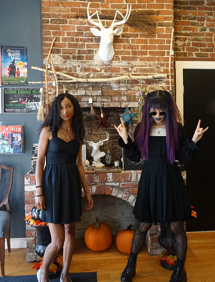 salem witch shops, goth clothes