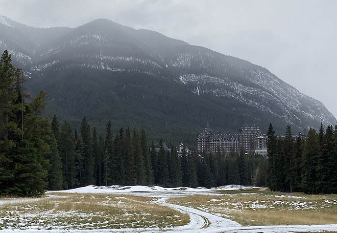 canadian haunted hotels, spooky hotel banff