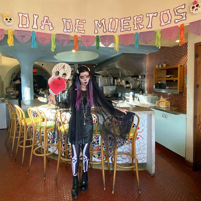 mexico goths, gothic fashion blogger, mexican sugar skull makeup