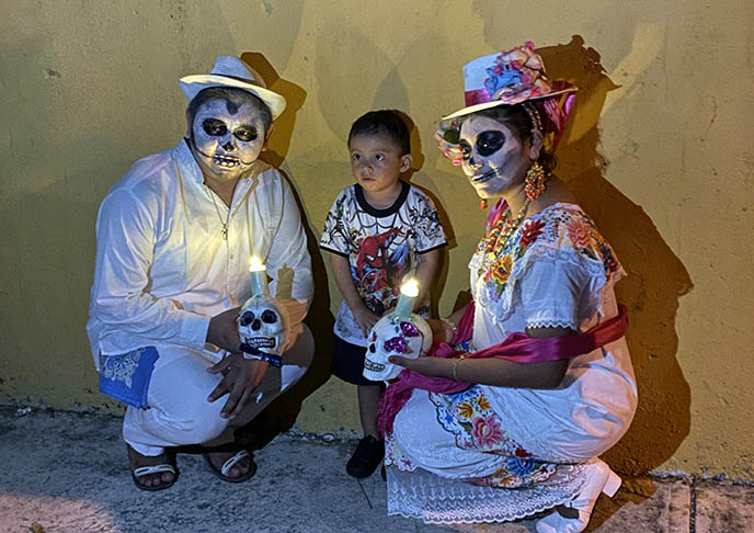 experience day of dead mexico tour group