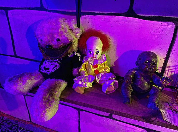 haunted clown toys, spooky teddy bears