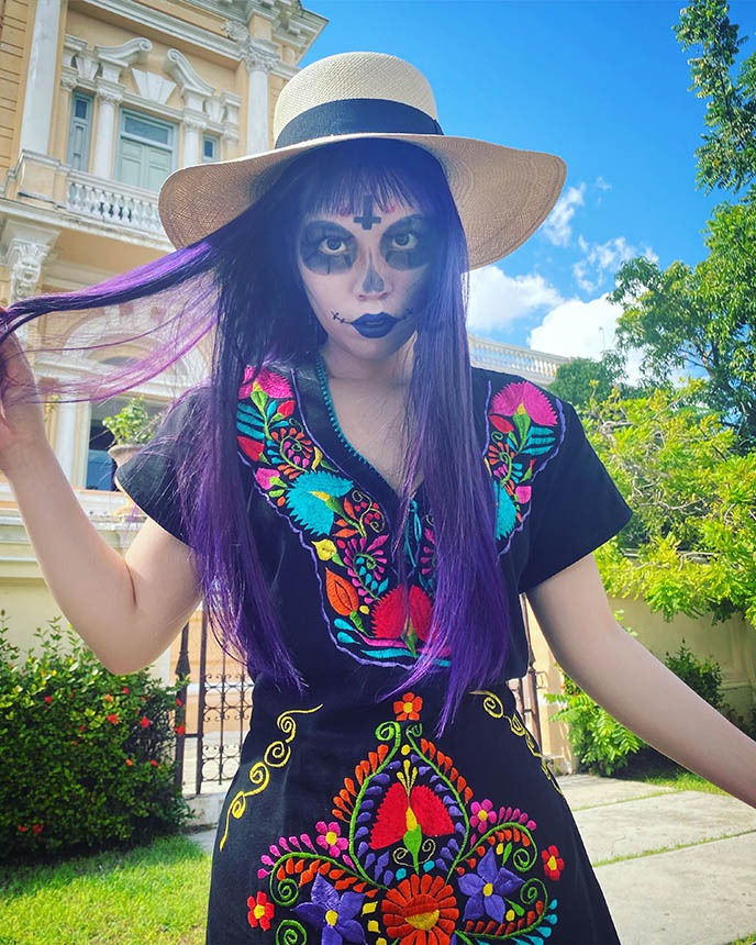 goth girl day of the dead face makeup