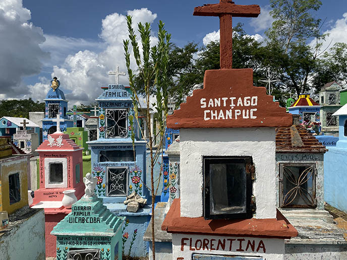cheerful cemeteries mexico yucatan graveyard colors