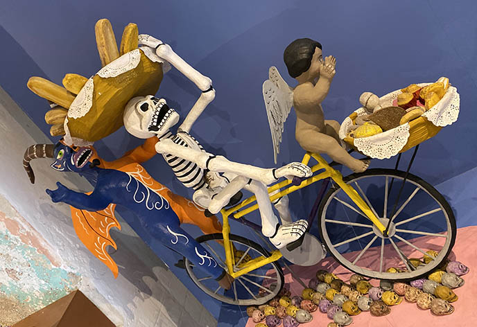 mexican skeleton sculpture folk art statue