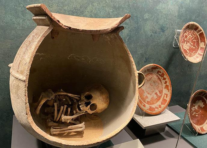 mexico human sacrifice skeleton remains