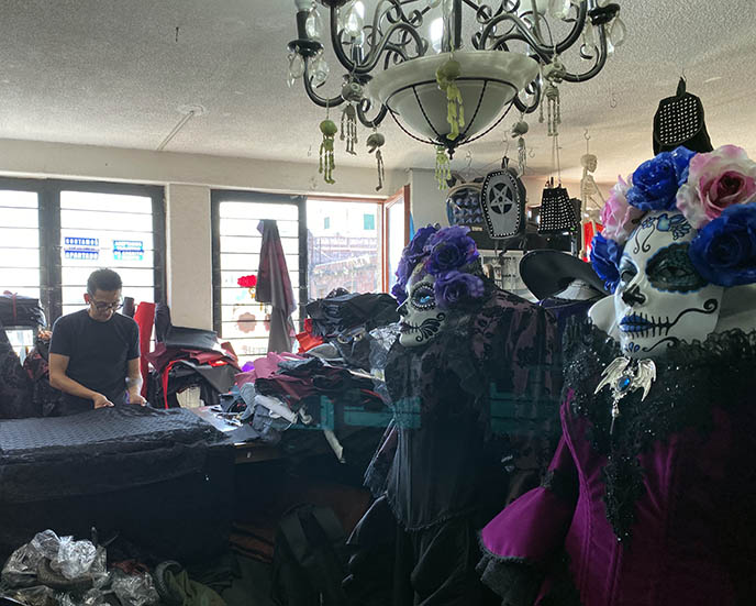 horror boutique mexico city, goth fashion stores