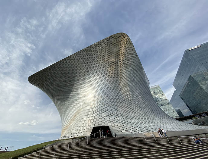 soumaya museum space futuristic building mexico city
