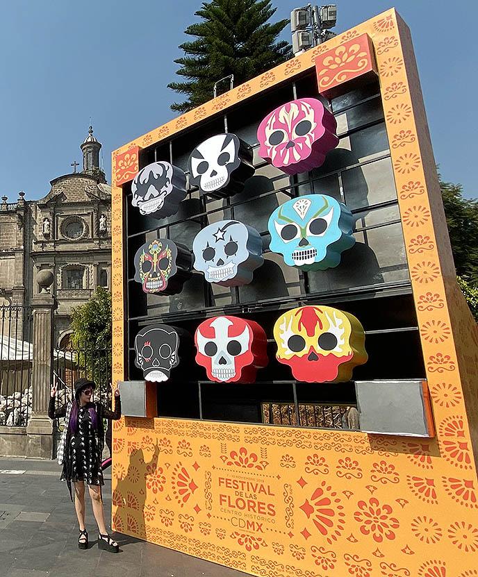 sugar skull statues art festival de la flores cdmx
