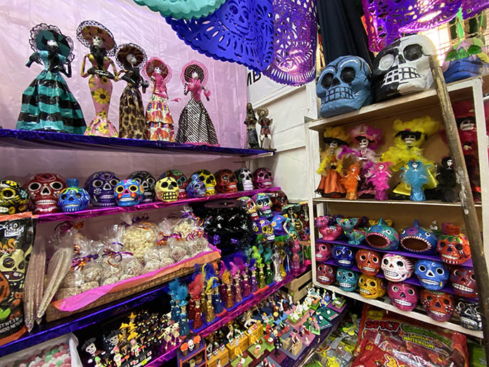 la catrina dolls, elegant skeleton figurines mexico
