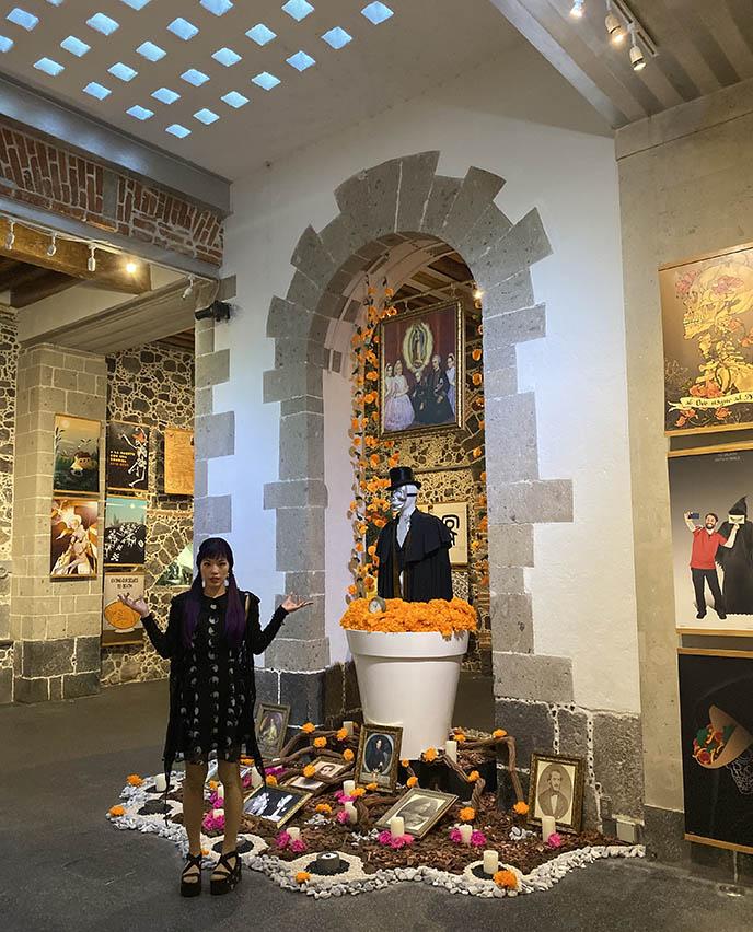 Mumedi Mexican Museum of Design, sugar skull altar