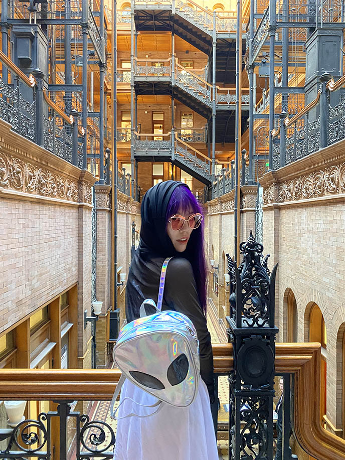 fashion blogger sci fi outfit blade runner bradbury building la