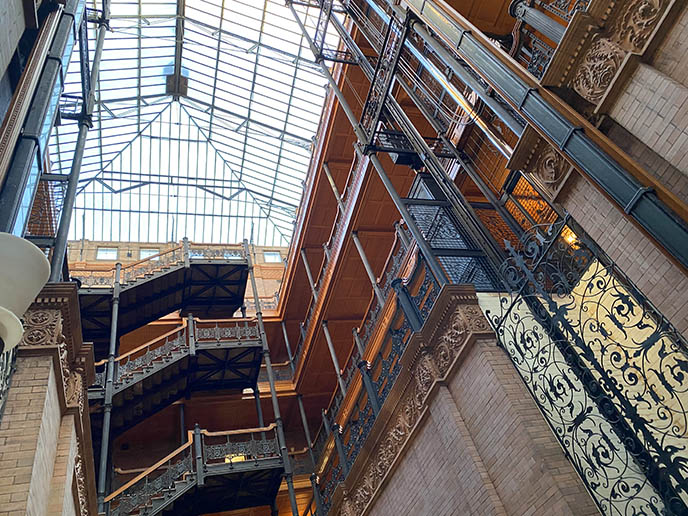 bradbury building interior balcony architecture