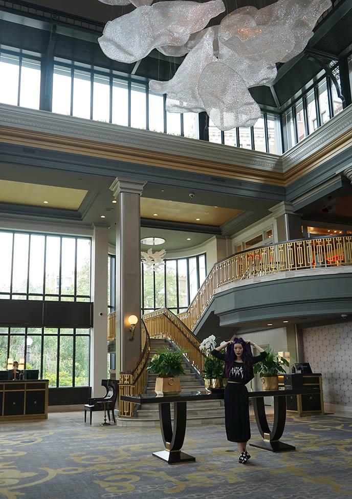 victoria bc fancy luxury historic hotel empress fairmont