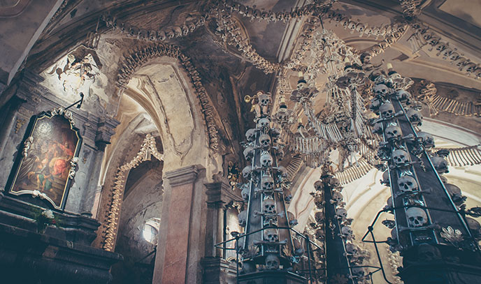 sedlec skeletons bones church prague czech republic