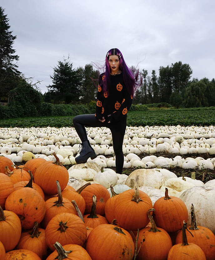 fashion bloggers instagrammers pumpkin patch outfits